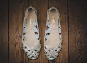 Photographe mariage chaussures de la mariée