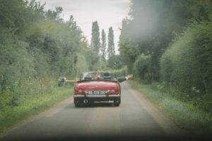 Photographe mariage Sarthe - voiture des mariés