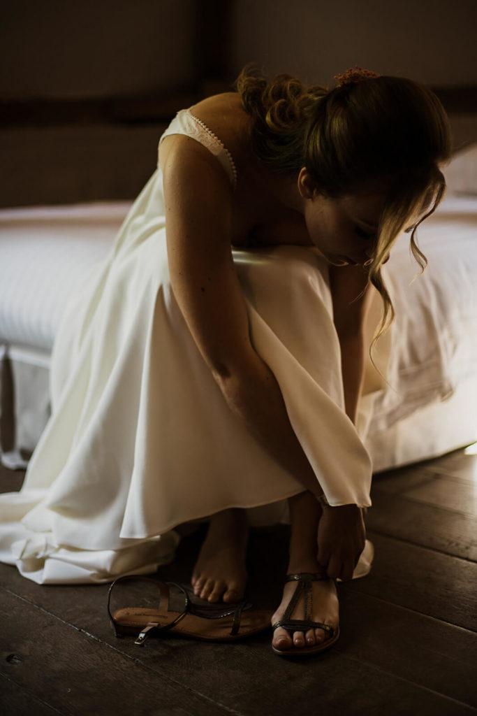 Préparatifs de la mariée avant sa journée de mariage